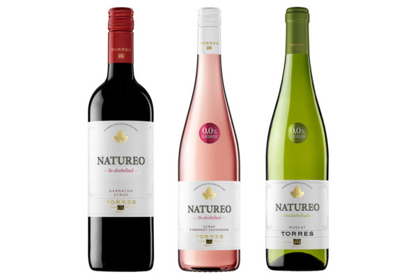 Pack de tres botellas de vino Torres sin alcohol de The Blue Dolphin Store