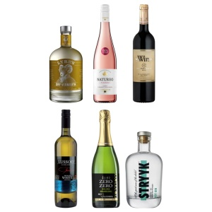 6 botellas de bebidas sin alcohol que componen el pack medium de the blue dolphin store